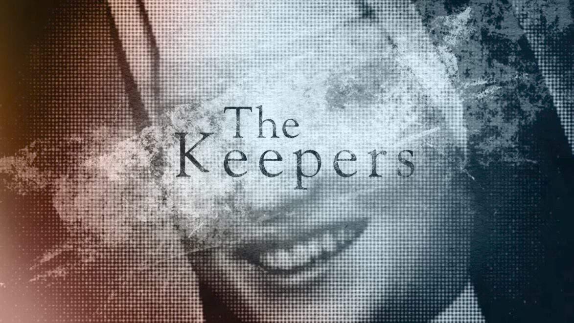 """Zakonnica Cathy Cesnik na czołówce serialu """"The Keepers"""""""